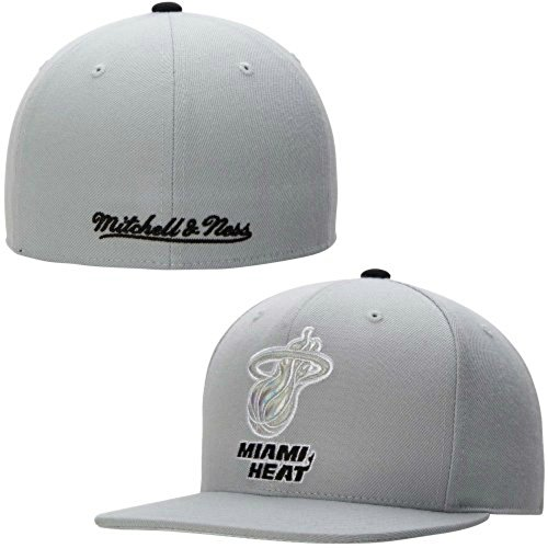 Mitchell & Ness Miami Heat Fitted Hat Size 7 5/8 Gray Cap