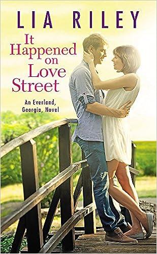 Amazon Fr It Happened On Love Street Lia Riley Livres