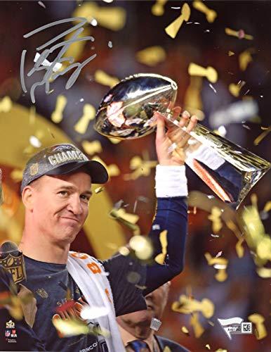 Peyton Manning Autographed 8x10 Photo Denver Broncos SB Trophy Fanatics Holo