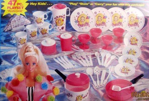 BARBIE Portable Playmates 47 Piece DISHES Playset w CARRY CASE, COOKWARE, TEA Set, UTENSILS & More (1991 Chilton/Mattel)