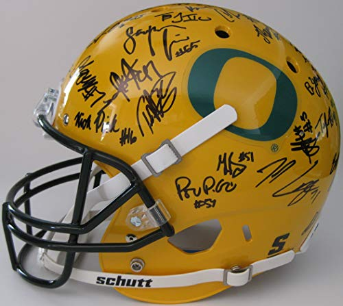 2018 Oregon Ducks team signed autographed full size football Helmet, Coa and the Proof Photos of the Ducks Players Signing Will Be Included