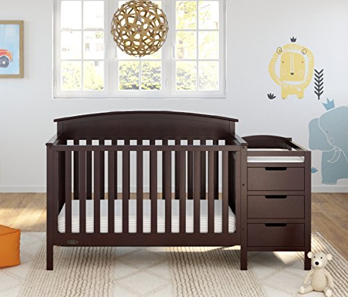 Graco Benton 5-in-1 Convertible Crib 3