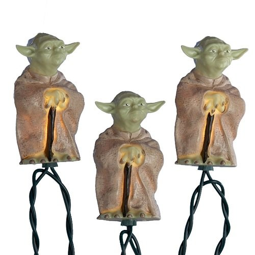 Kurt S. Adler 10-Light Star Wars Plastic Yoda Light Set, 30-Inch Lead Wire and 12-Inch Spacing. (SW9801)