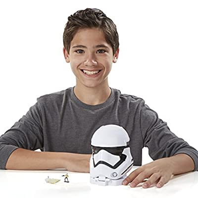 Star Wars The Force Awakens Micro Machines First Order Stormtrooper Playset: Toys & Games