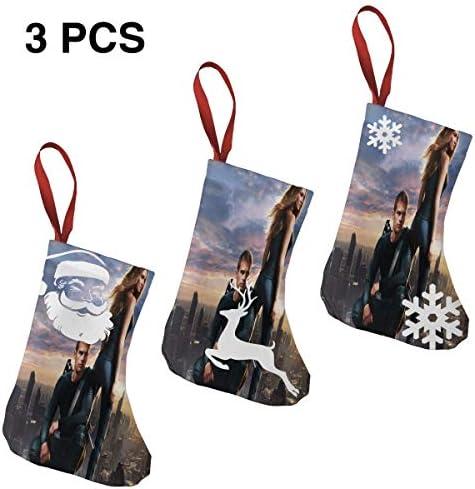 クリスマスの日の靴下 (ソックス3個)クリスマスデコレーションソックス そう思わないDivergent クリスマス、ハロウィン 家庭用、ショッピングモール用、お祝いの雰囲気を加える 人気を高める、販売、プロモーション、年次式