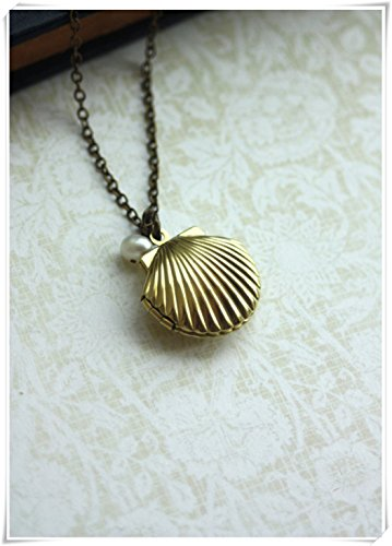 Melodys Locket with Genuine Freshwater Pearl,SeaShell Locket, Freshwater Pearl. Beach, Gold Brass Shell Jewelry,