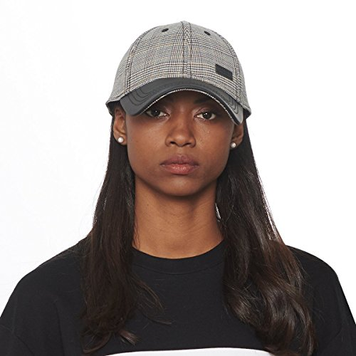 - CACUSS Women's Plaid Classic Baseball Cap Dad Hat Adjustable Comfy Polo Golf Cap Trucker Cap Fashion Curved Visor Hat Black