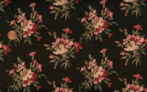 Marcus Brothers 'Coheco Mill Florals' on Black Cotton Fabric 4yd piece ()