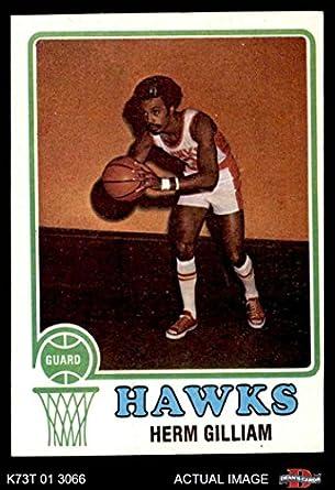 Herm Gilliam PSA GRADED 8 1971-72 Topps - Base Basketball Card #123