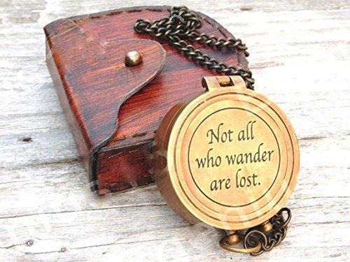 """真鍮コンパス"""" Not All Who Wander Are Lost」、Personalized Engraved、作業ギフトコンパス B076J93YBG"""