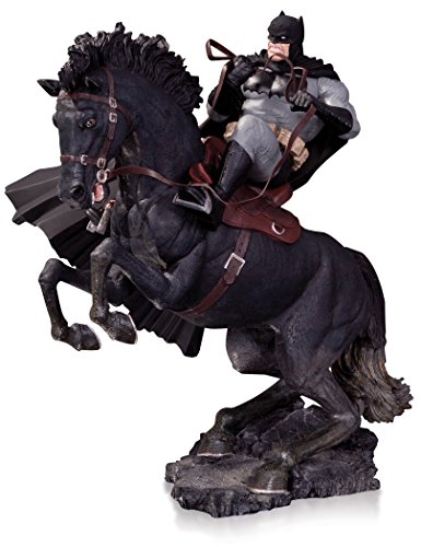 The Dark Knight Statue (DC Collectibles The Dark Knight Returns: A Call to Arms Statue (Year of The Horse Edition))