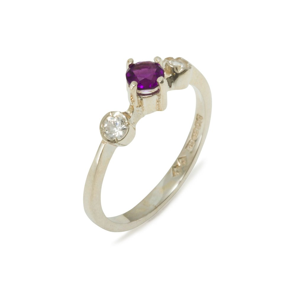 925 Sterling Silver Natural Amethyst & Diamond Womens Trilogy Ring (0.11 cttw, H-I Color, I2-I3 Clarity)
