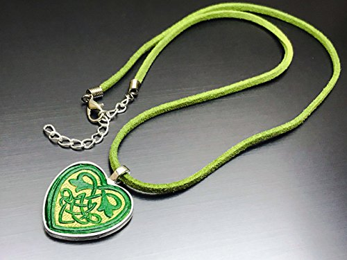 Partner Costumes For Teenage Girls (Hand-Painted Veg Tanned Leather Green and Gold Celtic Heart Pendant Necklace)
