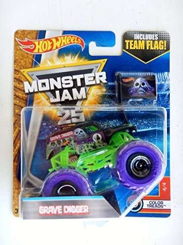 Hot Wheels Grave Digger - Hot Wheels Monster Jam 2017 Color Treads Grave Digger (Includes Flag) 1:64 Scale, Black and Green with Purple Wheels