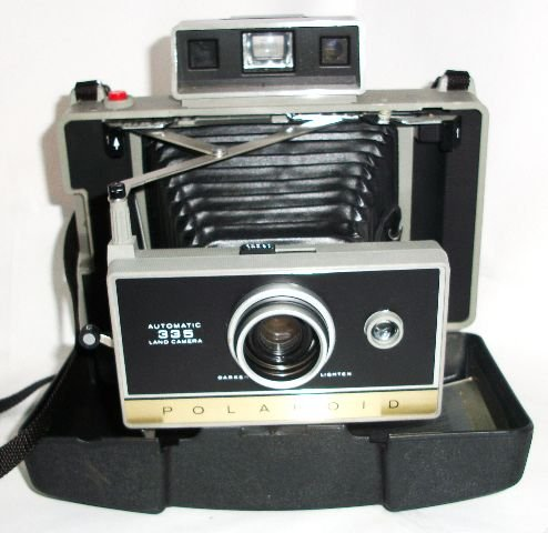 Polaroid 335 Automatic Land Camera with Electronic Timer