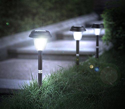 Driveway Entrance Solar Lights