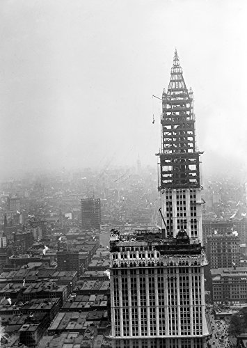 Woolworth Building 1912 Ntower Construction For The Woolworth Building On Lower Broadway New York City Which Was Completed In April 1913 On The Right Is The Municiple Building Also Under Construction