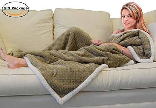 Napa Premium Chevron Fleece Blanket