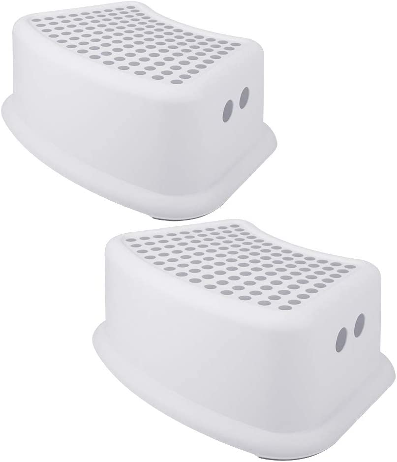 Holds Up to 264LBS Kitchen or Bathroom DECOZY Wooden Step Stool with Non- Slip Great for Both Toddlers /& Adults White Color Perfect Height for Nursery