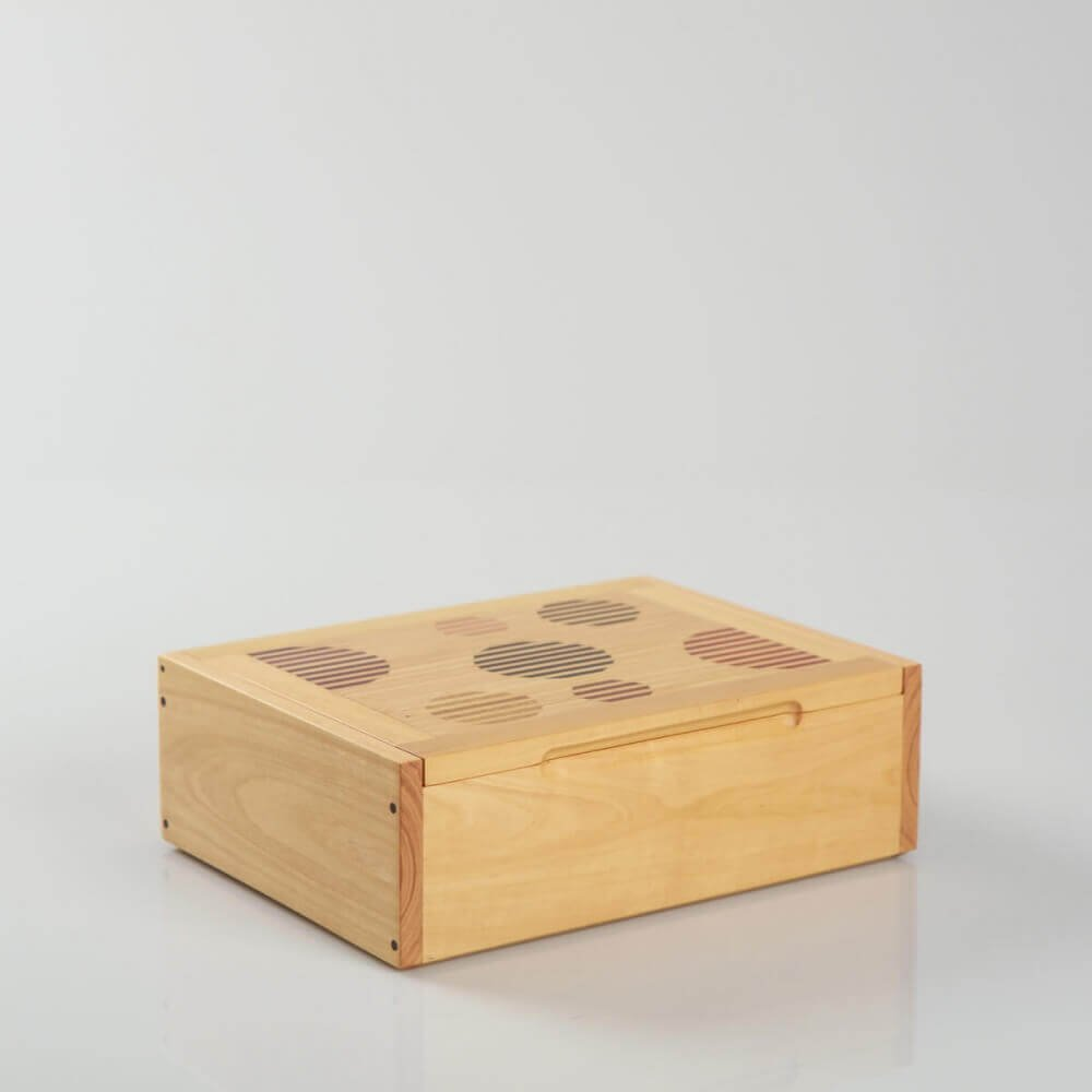 DOMINO BOX: Handmade granadillo wood domino box, for gift, storage or decor H 8.7'' x W 6.3''.