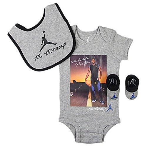(Nike Michael Jordan MJ Mondays Infant Layette 3 Pcs Sets)