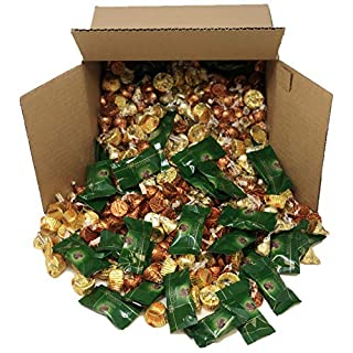 Candy Mix, Assorted Chocolate Candy - Godiva Chocolate, Hershey's Kisses Caramel and Almonds, Reese's Peanut Butter Cups, Individually Wrapped St Patrick's Chocolate, 5 Pound Box