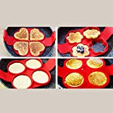 #10: wonderfulwu Silicone Pancake Molds, Non-Stick Omelette Mold Basic Kitchen Equipment Reusable Fried Egg Ring Flipping Mold Maker (Quadrate)