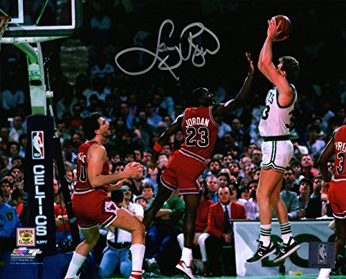 Larry Bird Signed Boston Celtics Shooting Over Michael Jordan 8x10 ()