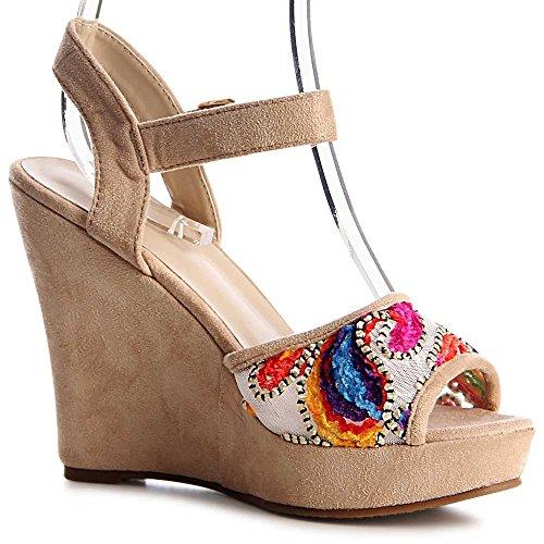 topschuhe24 Sandales Femmes Sandales Sandalettes Femmes topschuhe24 Beige Sandalettes 7znnwTvq4