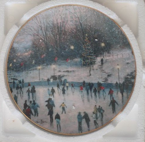 Thomas Kinkade Cherished Yuletide Memories \'SKATER\'S DELIGHT\' Collectors 8\' plate