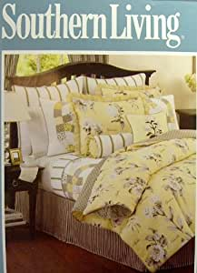 Amazon Com Comforter Set By Southern Living Queen Home