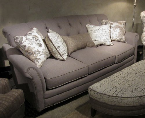 Chelsea Home Furniture Port Edwards Sofa, Lindy Chinchilla with 2 18″ accent Pillows, 2 16″ Font Linen accent Pillows
