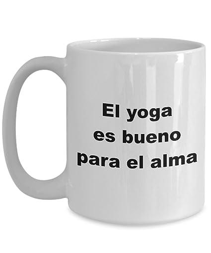 Amazon.com: Yoga mug in Spanish Taza para Hombre Mujer ...