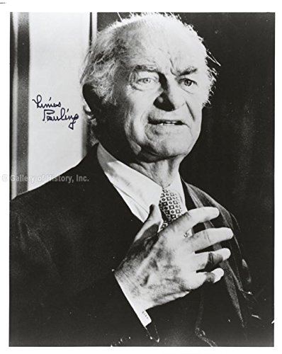 Linus Pauling Photograph Signed