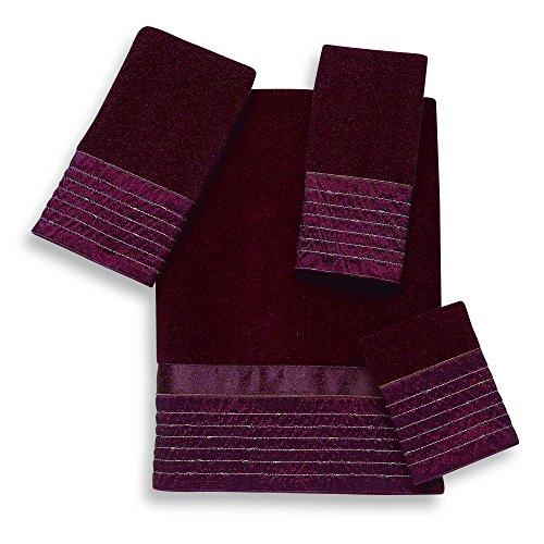 (Avanti Lexington Brick Fingertip Towels, Set of 2)