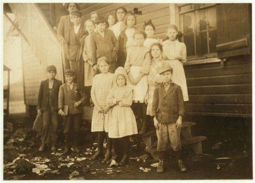 HistoricalFindings Photo: Cotton Mills,Stevenson,Alabama,Child Labor,Lewis Wickes Hine,December 1913,2