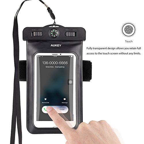 AUKEY Custodia Impermeabile Universale per Telefono Cellulare con Bussola e Fascia Sportiva da Braccio, Waterproof Cover per iPhone 7/ 7 Plus/ 6s / 6s ...