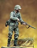 Pegaso Models 1:35 WWII Wehrmacht Soldier Resin Figure Model Kit #PT-043