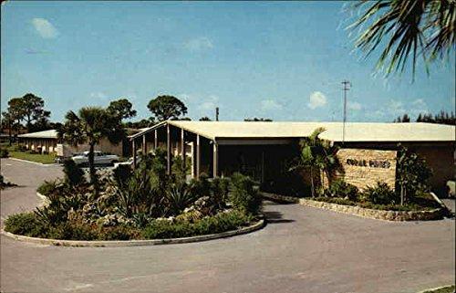 Coral Pines Fort Lauderdale, Florida Original Vintage Postcard