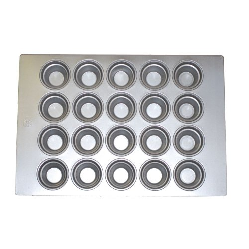 Focus Foodservice Commercial Bakeware 20 Count 3-1/2-Inch Large Crown Muffin Pan