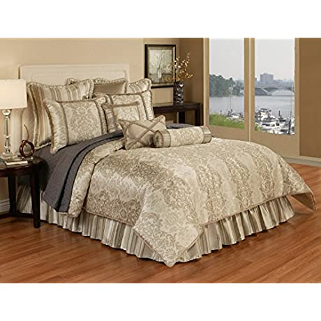 Austin Horn Classics 4 Piece Hampshire Bedding Collection Queen Light Gold Brown