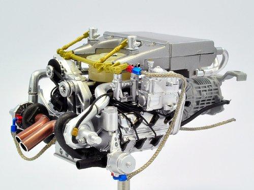 1/18 ポルシェ 935 K3 ツインターボエンジンモデル TSM10AC11