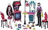 Monster High Monster Family Vampire Kitchen Playset & 2-Pack Dolls