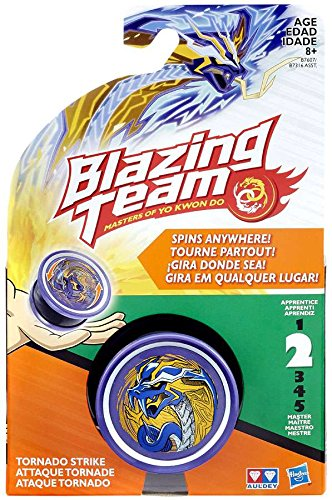 Blazing Team Tornado Strike Snake Toy from Blazing Team