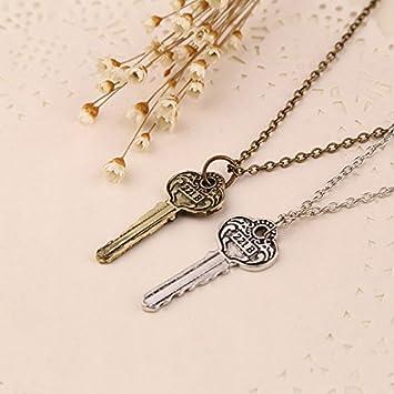 Amazon.com: Sherlock BC Key cadena cordón metal Adornos ...