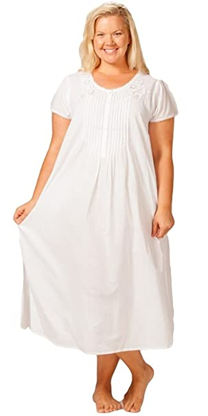 La Cera Women s Plus Size Nightgown at Amazon Women s Clothing store  ead6fc535