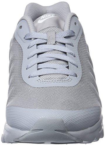 Wolf Nike EU Grey Air Baskets Invigor Adulte 005 Gris Gris 41 Max Mixte White HRHSnvpZ