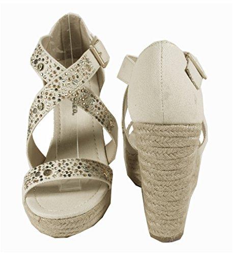 Sofia! By Klassifisert Kvinners Studded Detaljering Krysser Tropp Espadrille Plattform Kile Sandal I Beige Bomull