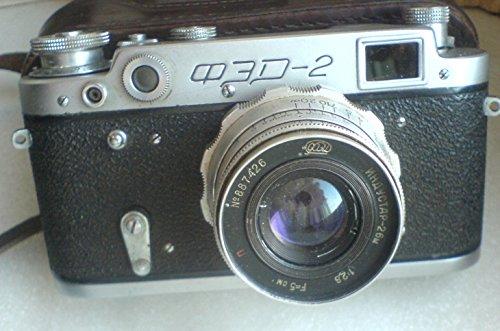 (FED-2 USSR Soviet Union Russian 35 mm Leica copy RF Camera)