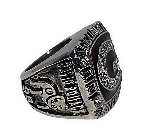 UNIVERSITY OF GEORGIA BULLDOGS (David Pollack) 2005 OUTBACK BOWL CHAMPIONS (6th in the Nation) Rare & Collectible Replica NCAA College Football Silver Championship Ring with Cherrywood Display Box